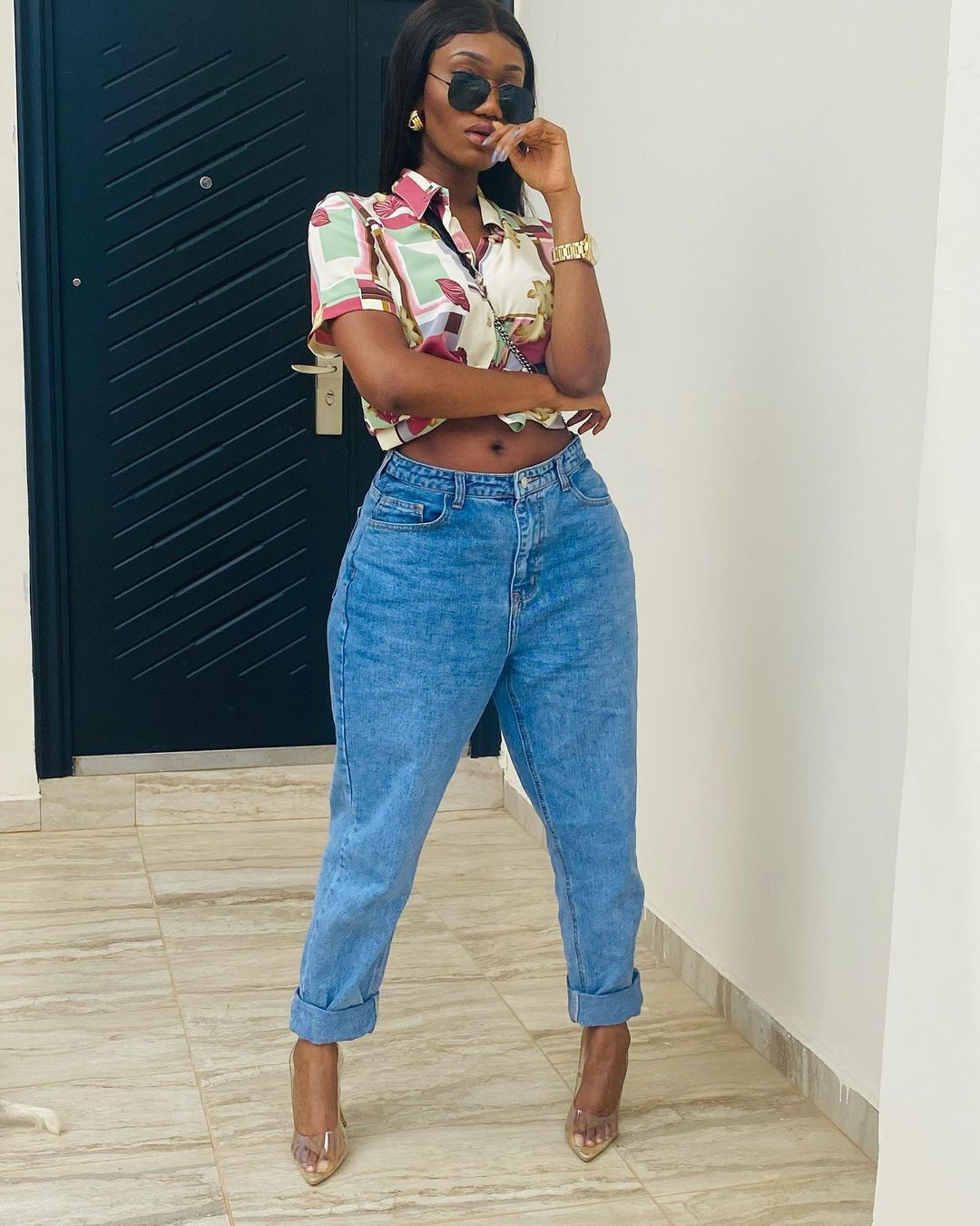 Wendy Shay gives her life to Christ