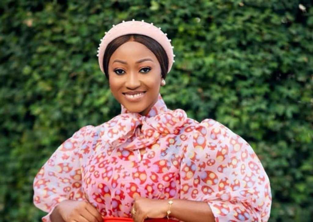 Style Guide: 7 Anita Akua Akuffo Of TV3 Amazing Looks On The 'Gram
