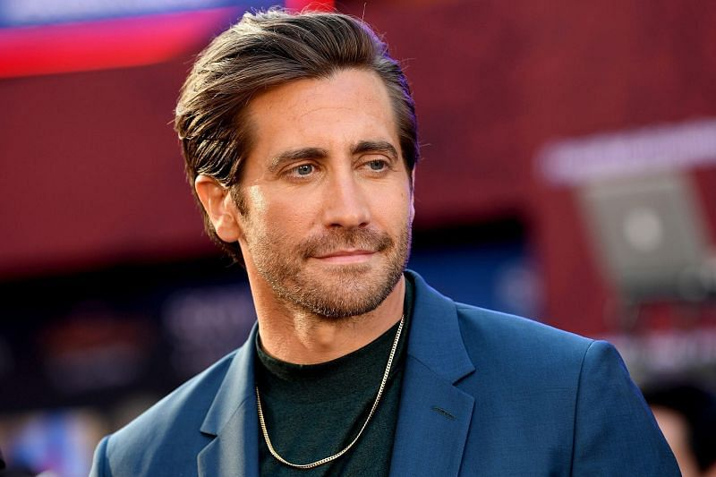 Jake Gyllenhaal Reveals His Bath Routine; Says It's Less Necessary