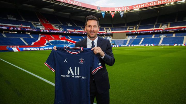 PSG Makes Massive Cash On Messi's Shirt Sales; Price For Each Jersey Revealed